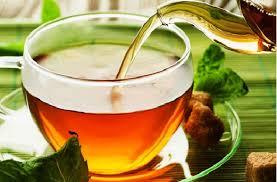 Una tazza di tè al giorno amica cuore, migliora colesterolo